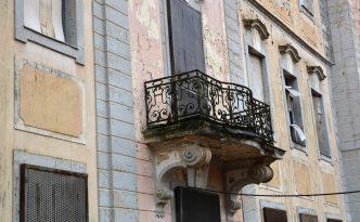 Balkon an der Frontseite von Schloss Dammsmühle