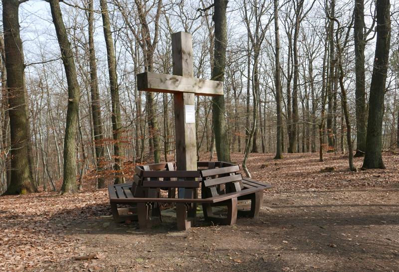 Gipfelkreuz am märkischen Watzmann